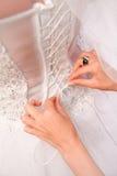 Фото мантии белизны шлихты невесты Стоковые Изображения