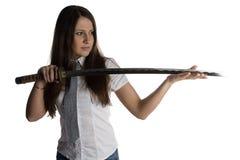 Фото молодой женщины смотря лезвие Стоковое фото RF