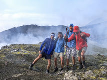 Фото на саммите Этна нарушило газом серы стоковое фото rf