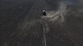 Фото от хавроний трактора трутня стоковая фотография rf