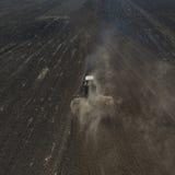 Фото от хавроний трактора трутня стоковые изображения rf