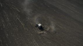 Фото от хавроний трактора трутня стоковое изображение