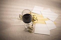 фото пустых украшений стеклянное формирует вино Стоковая Фотография