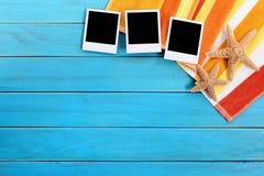 Фото рамки предпосылки пляжа поляроидное печатает космос экземпляра Стоковая Фотография RF
