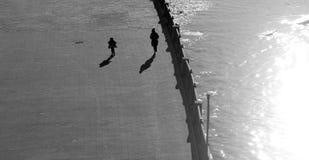 Фото ретро идущих людей Стоковые Фотографии RF