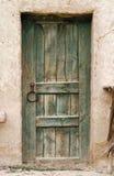 Фото старой деревянной двери Стоковые Фотографии RF