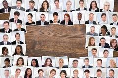 Фото усмехаясь предпринимателей стоковые изображения rf