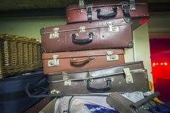 Фото чемоданов ретро стоковая фотография rf