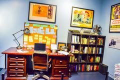 Фото Warner Bros. внутри взглядов Путешествие Голливуд студии, ПУТЕШЕСТВИЕ VIP установите кино города lego, костюм супермена, укр Стоковое Изображение