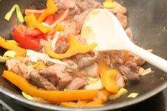Фрай Stir азиатской еды Стоковые Изображения RF