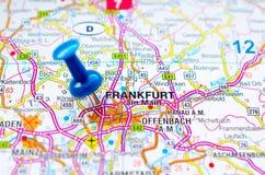 Франкфурт-на-Майне на карте Стоковое фото RF