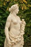 Франция, мраморная статуя в парке дворца Версаль Стоковые Изображения