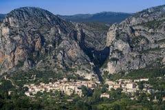 Франция - Провансаль - Moustiers Sainte Мари стоковые изображения
