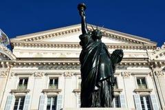Франция, СЛАВНАЯ, статуя свободы Стоковые Фотографии RF