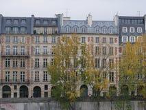 Франция paris Осень дома стоковое фото rf
