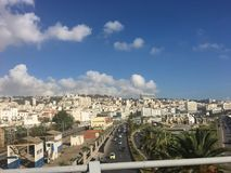 Французская колониальная сторона города Алжира, Bach Djarrah Алжира Современный город имеет много старых французов стоковое изображение