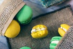 Французская традиция - красочные macaroons Стоковые Изображения RF