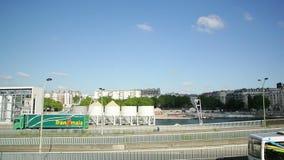 Французские улицы arrondisement Парижа пятнадцатого видеоматериал