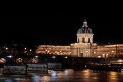 Французские academys и Seine Стоковая Фотография