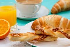 Французский завтрак с круассанами Стоковое фото RF