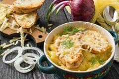 французский суп лука gratin стоковое изображение rf