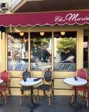 Французское патио бистро стоковая фотография
