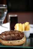 франчуз бургера близкий жарит вверх Стоковое Фото