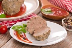 Фрикадельки с томатным соусом стоковая фотография rf