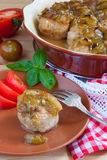 фрикадельки с пряным сладостным и кислым соусом сливы Стоковое Фото
