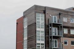 Фронтон современного блока квартир Стоковые Фото