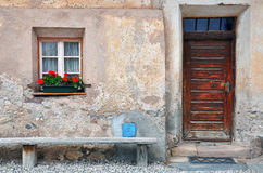 Фронт дома, итальянской деревни стоковые изображения
