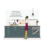 Фронт домохозяйки стоя счетчика кухни Стоковое Изображение