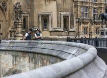 Фронт полицейскиев Лондона 2 дворца Вестминстера Стоковые Изображения