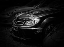 Фронт современного автомобиля спорт стоковая фотография