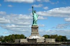 Фронт статуи свободы стоковое изображение rf