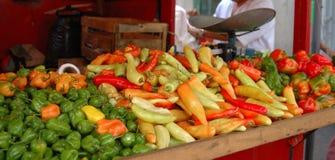 Фрукты и овощи рынка стоковое фото