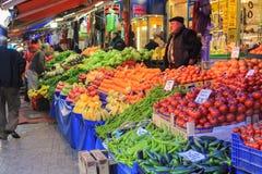Фрукт и овощ на открытом рынке в Бурсе, Турции Стоковые Фото