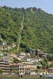 Фуникулер дальше на озере Como, Италии Стоковые Изображения RF