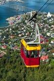 Фуникулер над городом Tromso, Норвегией стоковая фотография