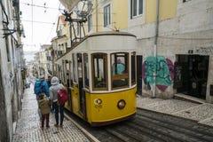 Фуникулярный da Bica в Лиссабоне Стоковое Изображение RF