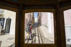 Фуникулярный da Bica в Лиссабоне Стоковая Фотография
