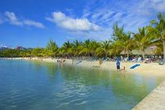 Фуникулер в заливе Mahogany в Roatan, Гондурасе Стоковое Фото