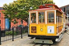 Фуникулер #15 желтого цвета Сан-Франциско Стоковая Фотография
