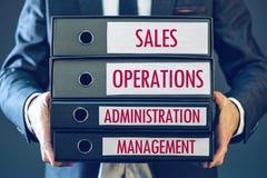 4 функции основы бизнеса - продажи, деятельность, администрация стоковое фото