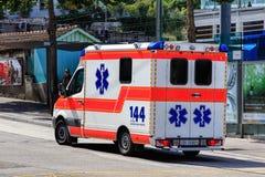 Фургон машины скорой помощи в Швейцарии Стоковые Изображения RF
