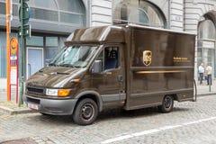 Фургон поставки тележки UPS Стоковые Фото