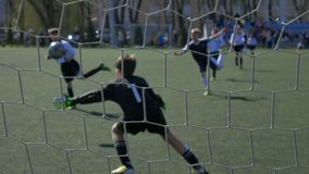 Футбольный матч команд ` s детей видеоматериал