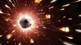 Футбольный мяч в мухе Предпосылка футбола с огнем искрится в действии на черноте панорама стоковое изображение