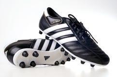 футбол ботинка adidas Стоковое Изображение