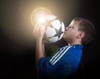 футбол пирофакела чемпиона стоковые фотографии rf
